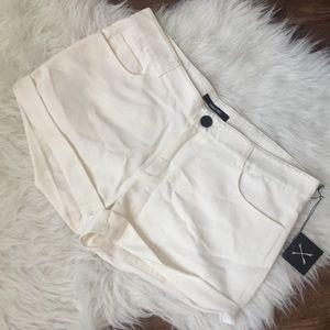 Kimberly Ovitz white cuffed Gregory shorts